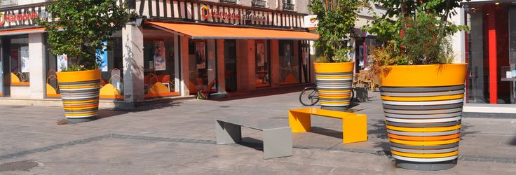 Benches and Planters by LAB23