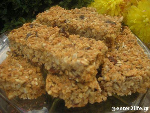 Σπιτικές Μπάρες με βρώμη, ξηρούς καρπούς και μέλι www.enter2life.gr