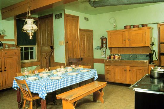 """Everything within the house is functional.  To preserve the religious value prohibiting pride and vanity, pictures and photographs are not hung on the walls for decoration"" from Welcome to Lancaster County's Amish House"