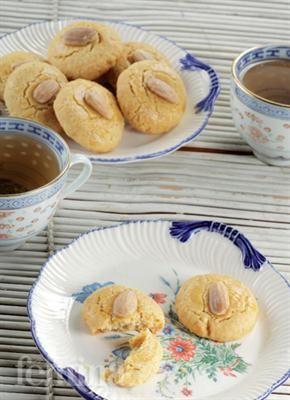 Femina.co.id: Almond Cookies #resep