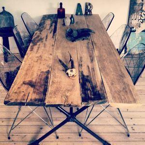 Spisebord, Træ