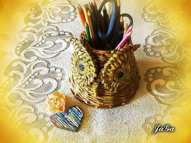 Sowa z wikliny papierowej zrobiona dla wnusi Olusi