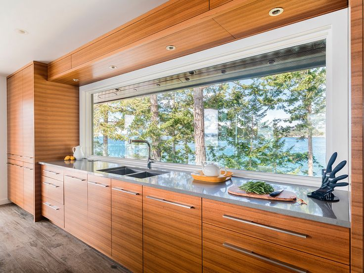 Horizontal Grained Teak Kitchen Cabinets For 60 S Modern Beach House In British Columbia Frameless Full Overlay Flat Slab Doors And Drawers
