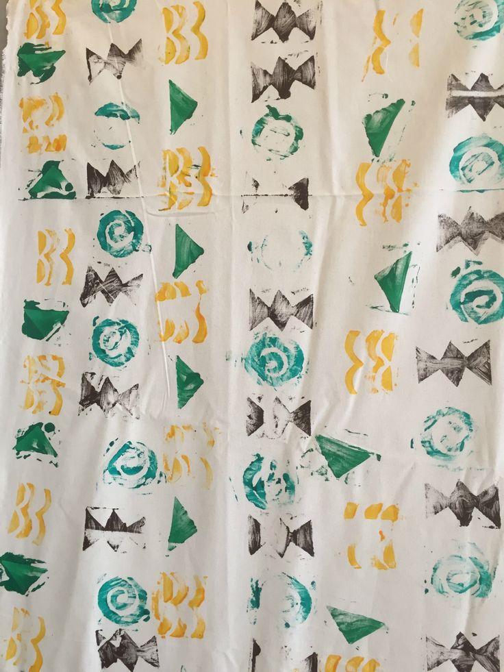 les 25 meilleures id es de la cat gorie motifs africains sur pinterest art africain tissus. Black Bedroom Furniture Sets. Home Design Ideas
