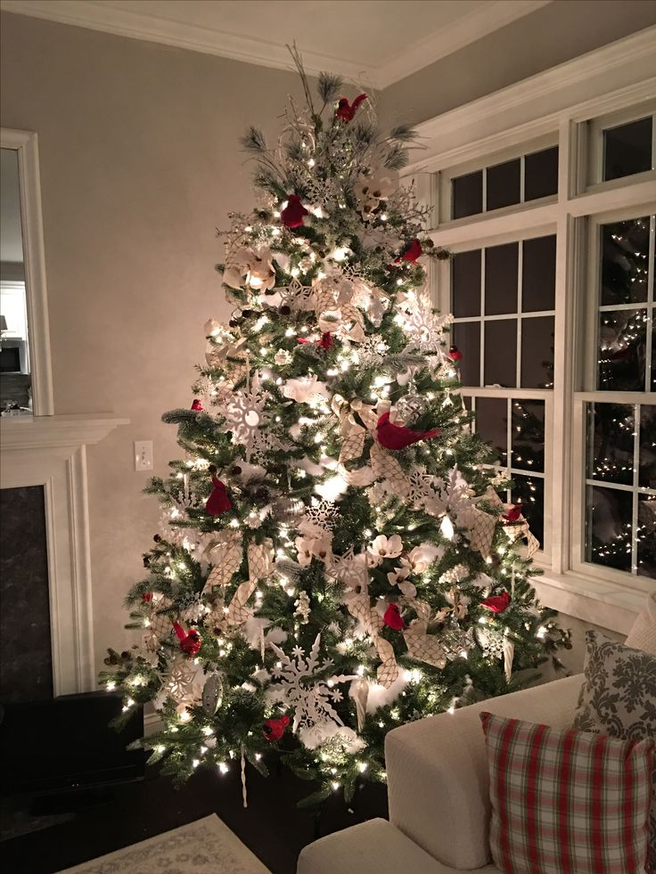"""Cardinal Themed tree DIY YouTube Channel """"the Pixie Dust Housewife"""""""