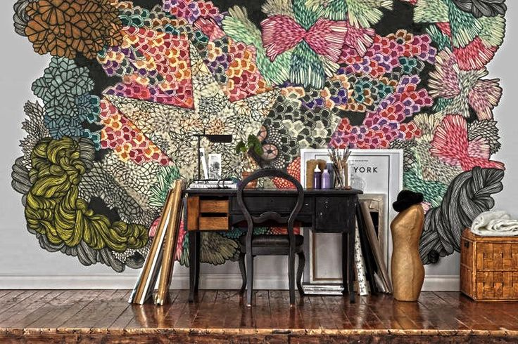 FOUR WALLPAPER DONTS. Coaxing a friend, handyman, builder, painter or husband to hang your wallpaper is a BIG no no...