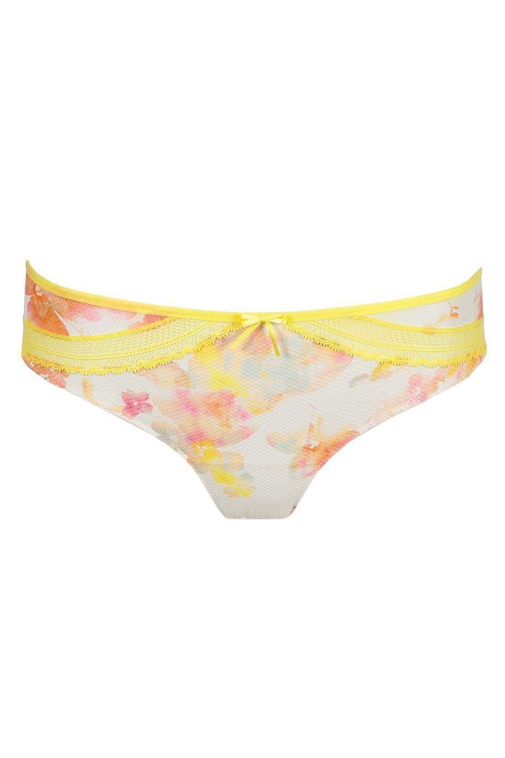 Yellow flowers with a bit of lace. Hotpants for the real summer feeling. A light, playful style in a hip flower print. Sexy style that covers the top half of the bottom. Designed in Belgium. Complete the look with the matching bra and mix and match with the sexy yellow lace shorts.   Summer Panties by Marie Jo L'aventure. Clothing - Lingerie & Sleepwear - Panties Netherlands