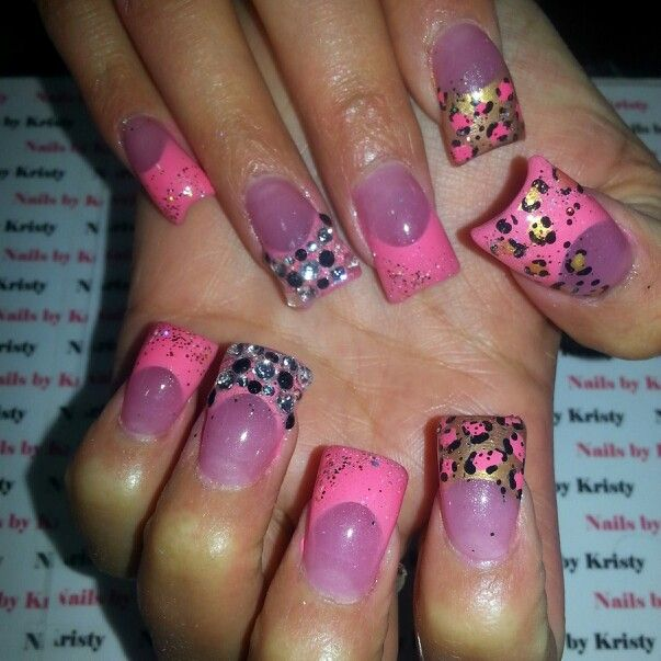 Curve Acrylic C Cut Nails Pink Airbrush Hand Painted Nail Art Leopard Gold Rhinestones