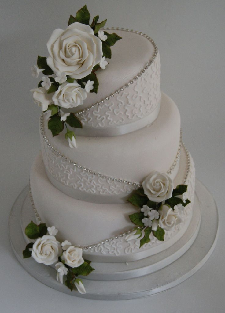 white wedding cake decorations best 25 anniversary cakes ideas on 27342