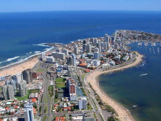 Conoce las mejoras opciones para el alquiler de autos en Uruguay a través de internet. Varias empresas son las indicadas si piensas rentar un coche para visitar y recorrer este hermoso y pequeño pais. http://www.taringa.net/posts/turismo/18634146/Alquiler-Autos-Uruguay.html alquiler de autos Uruguay, renta a car Uruguay, rent a car, alquiler de auto