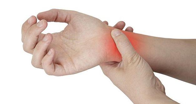 En este artículo te explicamos por qué ocurre el adormecimiento de las manos mientras estas dormido, las causas que lo originan y mucho más.