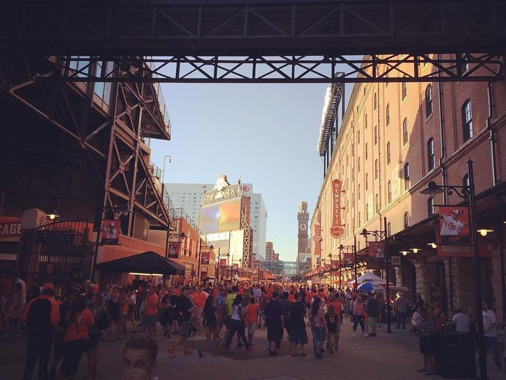 #Orioles Fans exploring before their upcoming game. Thanks @denzyl  #SuperTailgate #tailgate #tailgating #win #letsgo #gameday #travel #adventure #stadium #party #sport #ESPN #jersey #sports #league #SportsNews #score #photooftheday #love #Baseball #MLB