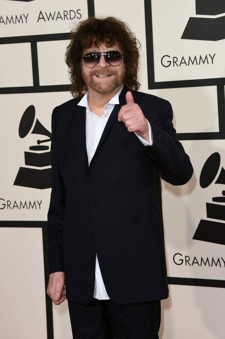 Jeff Lynne arrives at the 57th Annual GRAMMY Awards on Feb. 8 in Los Angeles
