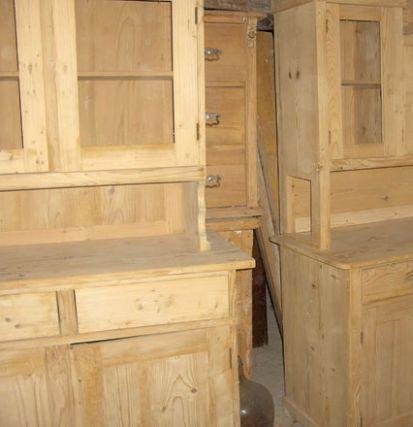 Opravujeme starožitný nábytok
