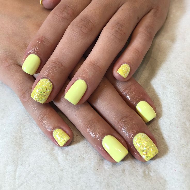 Love this set !!!!!! #yellow #gelish #nails with added #Nsi #glitter ...