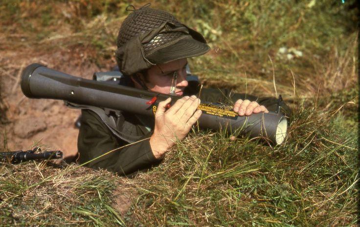 FFV AT4 đã trở thành khẩu súng phóng rocket không giật đa mục đích thay thế mẫu M72 LAW trong Quân đội Mỹ.