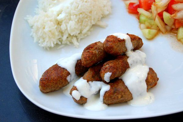 #hot #dish in #Sofia.  rule n°6 if it looks good, #eat it  ------------------------------------- regola numero 6 se sembra buono, #mangialo