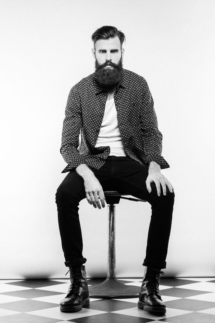 Patrik Jonasson - full thick black beard and mustache ...