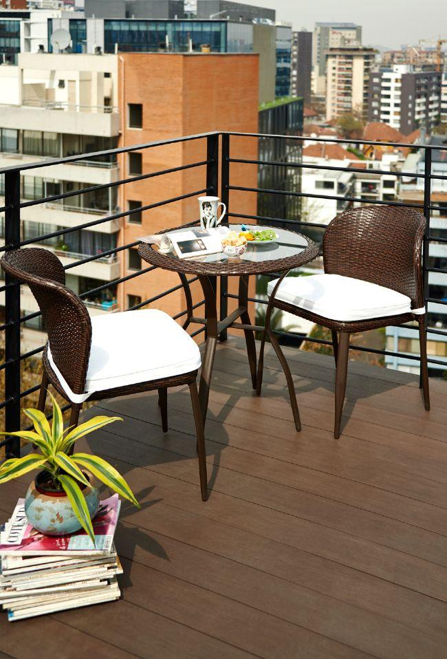 Tu terraza es lo mejor para una tarde romántica. ¡Encuentra este juego de terraza en Easy.cl! #Terraza #Deco #Primavera #Muebles #Verano #Ciudad #Hogar #Easytienda #Tiendaeasy