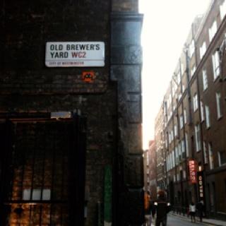 """Space invinder"" in london"