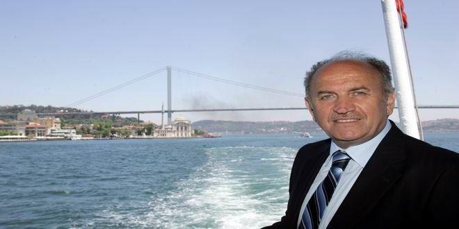 Kadir Topbaş, İstanbul Büyükşehir Belediye Başkanlığı görevinden istifa ettiğini açıkladı… İşte o açıklama… İstanbul Büyükşehir Belediye Başkanı Kadir Topbaş istifa etti… İşte o açıklama… #Scope'ta CANLI: #KadirTopbaş açıklama yapıyor #cnnturk ten #canlı aktarım https://t.co/ZjAzrSzMEW — imarpanosu (@imarpanosu) September 22, 2017  Comments comments