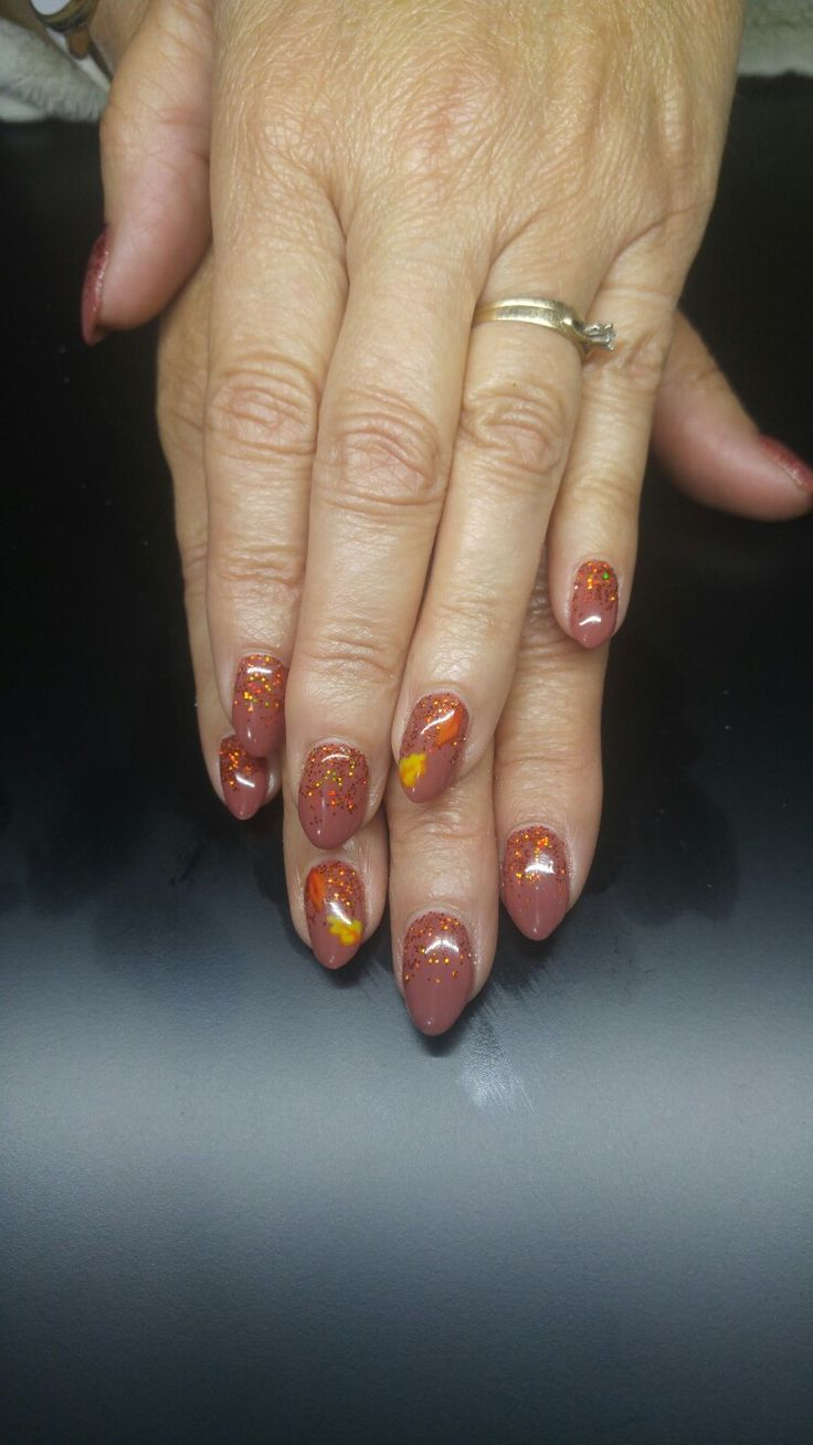 Loving these fall colors and this fall set!