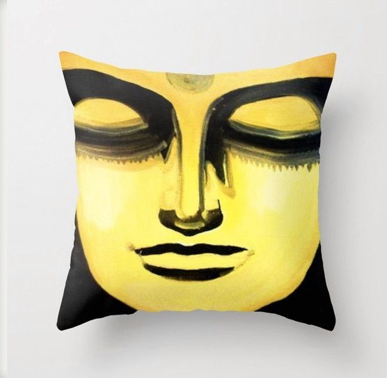 Buddha pillow, available from Etsy shop : Http://www.Etsy.com/shop/Leonlionstudio
