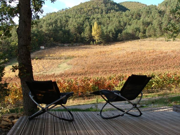 Vue de la terrasse du spa, à l'automne