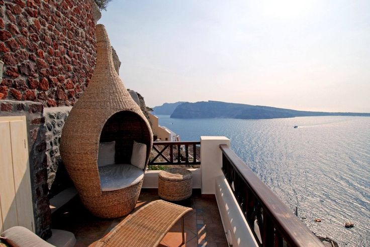 Just you and your loved one! #ArtMaisons #Caldera #Santorini