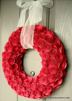What is not to love about this?!?Paper Roses, Paper Wreaths, Valentine Day Decor, Paper Flower, Red Rose, Valentine Wreaths, Rose Wreaths, Diy Valentine Day, Paper Rosette