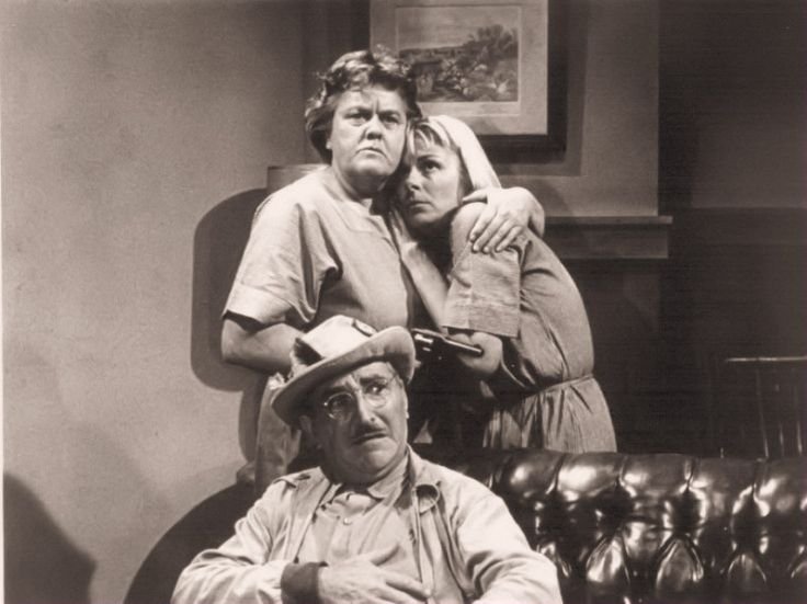 "This is a still shot from the episode ""Convicts at Large.""  Rita Shaw, Jean Carson, and Howards McNear"