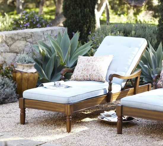 This lounge is made for royalty - Outdoor Chaise Lounges