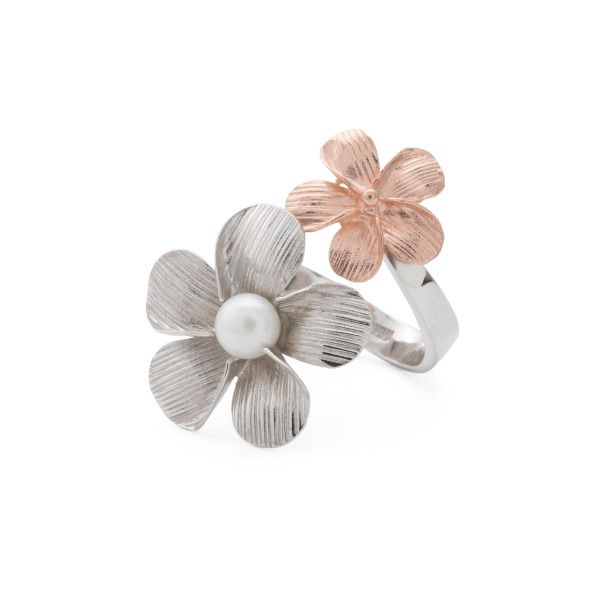 Made In Bali Rose Gold Plated Sterling Silver Flower Bypass Ring ($50) ❤ liked on Polyvore featuring jewelry, rings, cherry blossom jewelry, rose gold plated jewelry, sterling silver jewelry, flower jewellery and 14k ring