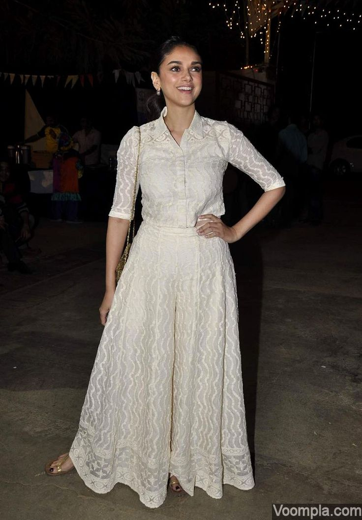Aditi Rao Hydari looks pretty in a very ethnic crop shirt and palazzos. via Voompla.com