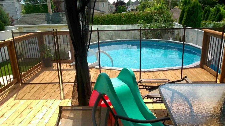 8 best rampes d 39 aluminium images on pinterest banisters for Plan pour deck de piscine