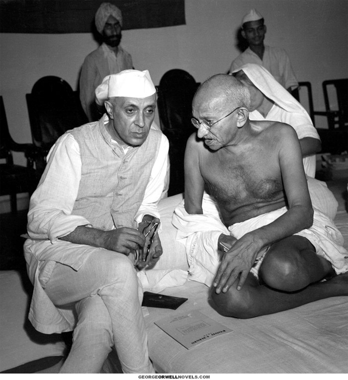 Mahatma Gandhi and Nehru  The peaceful revolution that brought down the British Empire, ended colonialism and brought the birth of India - August 15th 1947