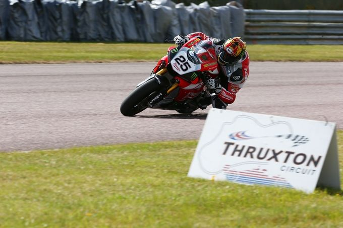 Josh Brookes blasts to pole for Milwaukee Yamaha