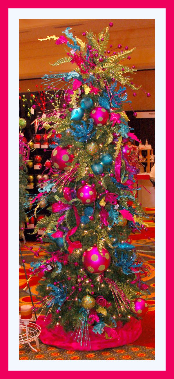 2012 Best Christmas Tree Ideas | ILOVESBD | South Beach Diamond Magazine