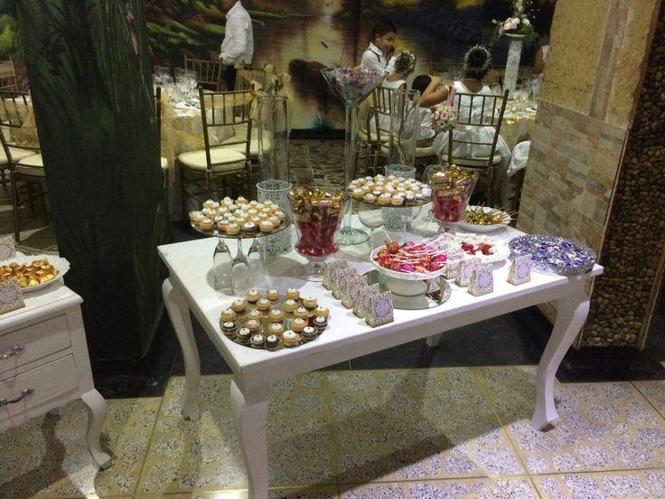 mesa dulce con amor, en mi boda.