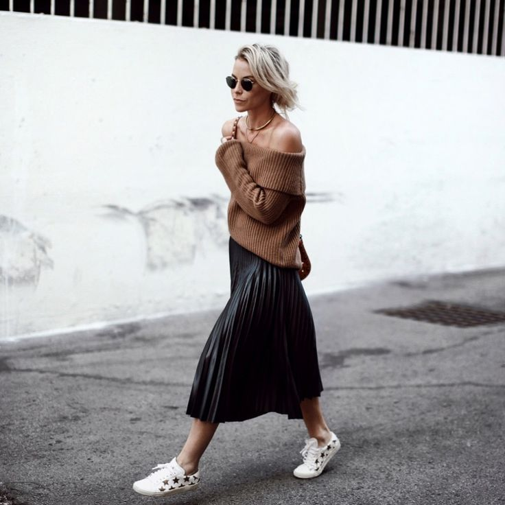 Brown off the shoulder sweater+black pleated midi skirt+white sneakers with golden stars+brown shoulder bag+sunglasses+gold necklace. Fall Outfit 2016