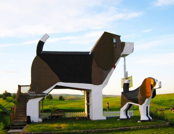 It's a Dog Day Afternoon, Every Day: Dog Bark Park Inn.....and now on my bucket list.