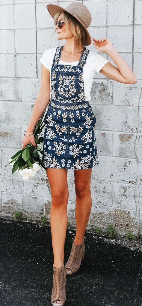 Maillot de bain : #summer #outfits Overall Dresses Are My New Favorite Thing Especially Embroide