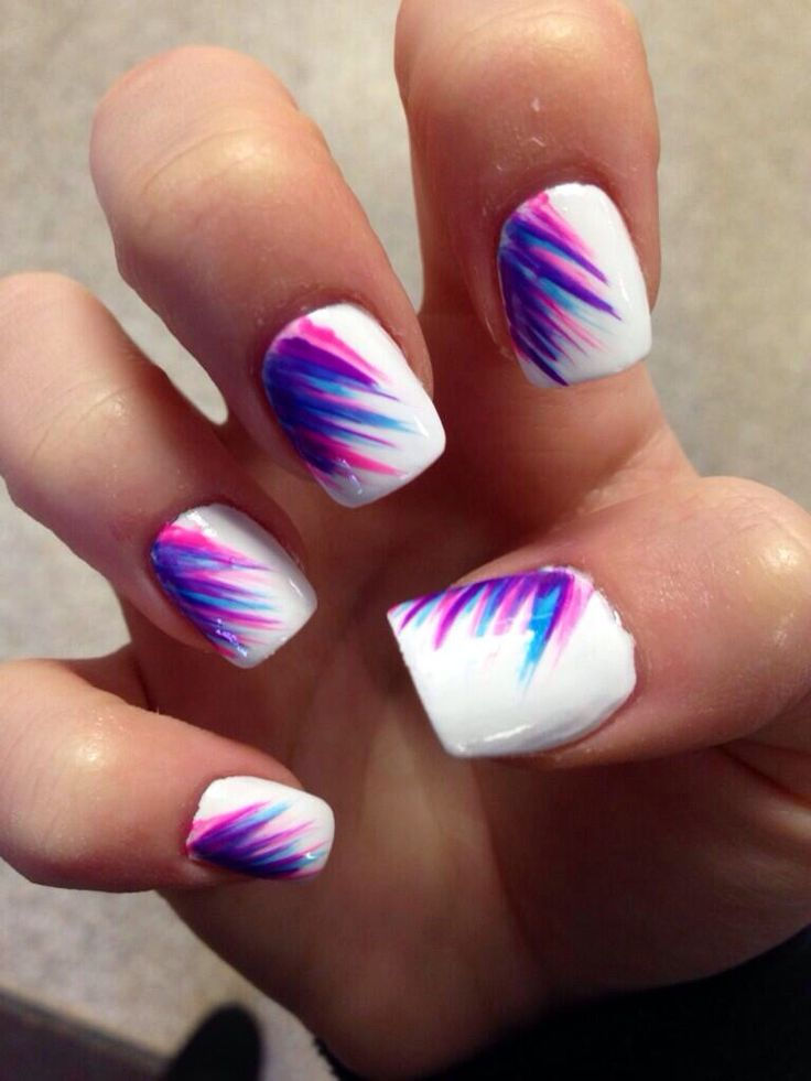 These are awesome summery chic nails!