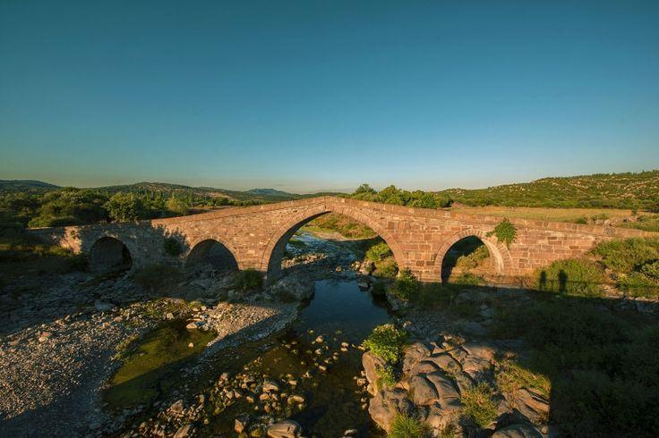 Behramkale eski taş köprü/Çanakkale///