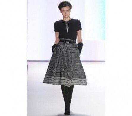 Gonna in stile anni '50 nella moda autunnale di Carolin