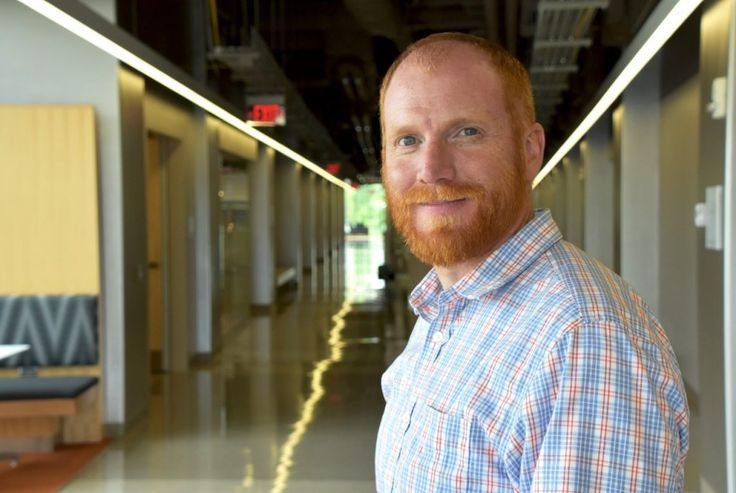 With a five-year, $560,000 National Science Foundation Faculty Early Career Development (CAREER) grant, F. Marc Michel seeks to conduct innovative research on how the smallest minerals, known as nanoparticles, crystallize.