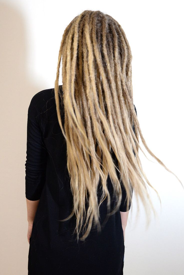 More flowy dreadlocks! Hair is just so much more fun when its dreaded. Or what do you think?