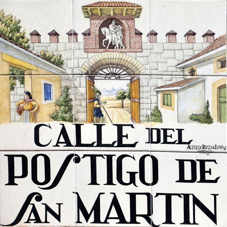 Antiguo acceso a Madrid ubicado en la cerca de Felipe II que rodeaba a la Villa. Se encontraba ubicado en lo que actualmente es la plaza de Callao. En su salida se encontraba el arrabal cristiano de San Martín
