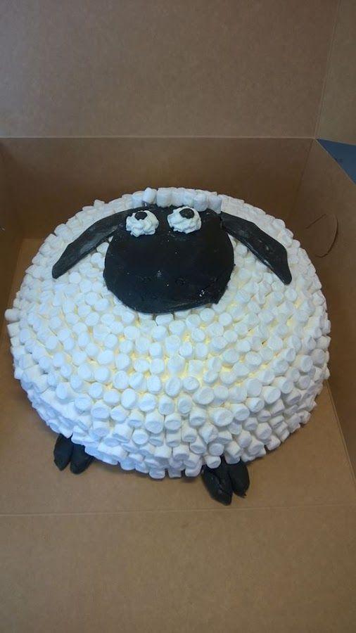 Cool Shaun the sheep-cake
