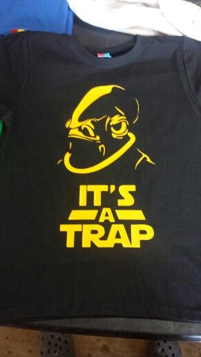 Polera It's a trap CLP $7.000